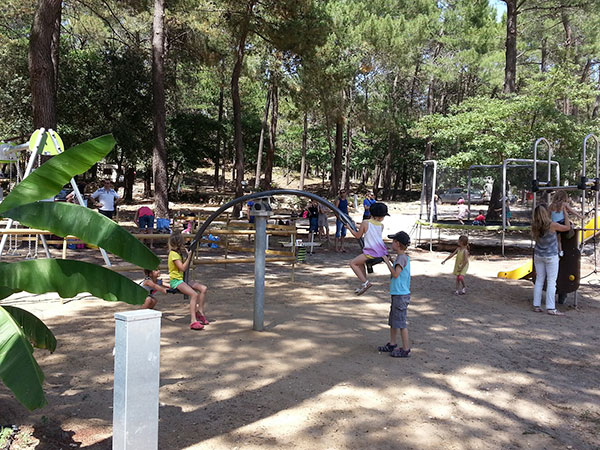 Camping la simioune boll ne en provence vaucluse for Camping vaucluse piscine